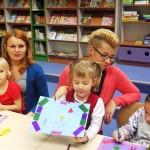 Zdjęcie dzieci i kartki