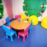 Krzesła i stół dla dzieci