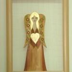 Drewniany aniołek