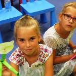 2 dziewczynki