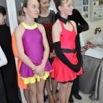 Młode tancerki ze szkoły