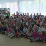 Dzieci i ich opiekunowie na roztrzygnięciu konkursu