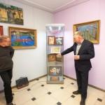 Bogusław Safijański pokazuje swoje prace
