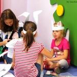 Dzieci z króliczymi uszami