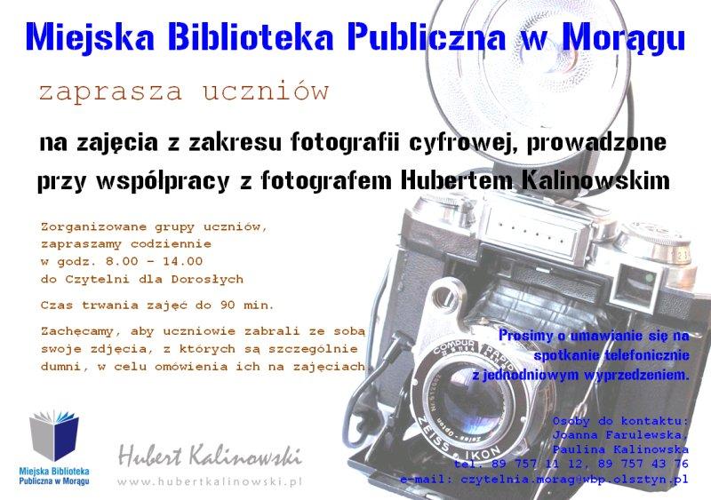 Plakat zapraszający na zajęcia, w tle klasyczny aparat fotograficznyklasycz