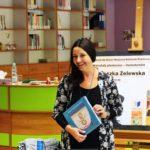 """Agnieszka Żelewska z książką pt """"Sznurkowa historia"""""""