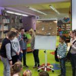 Dzieci wykazujące się pomysłowością podczas zabawy