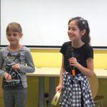 Dzieci z instrumentami muzycznymi